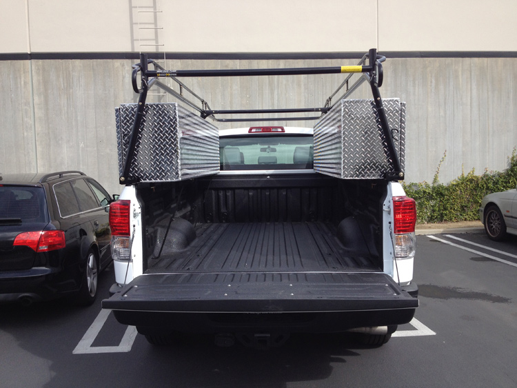 truck-rack-and-boxes